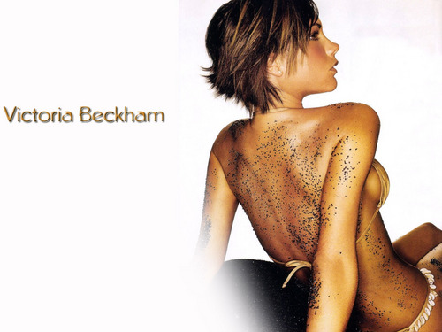 Victoria Beckham wallpaper probably with skin and a portrait called Victoria Beckham