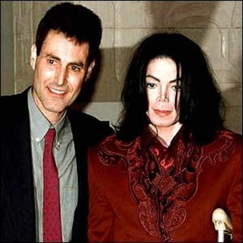 michael with geller...,queen_gina