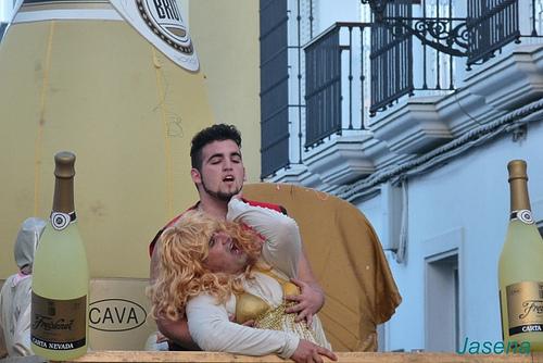 Shakira piqué parody