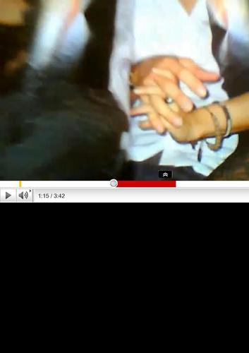 Shakira pique hand....