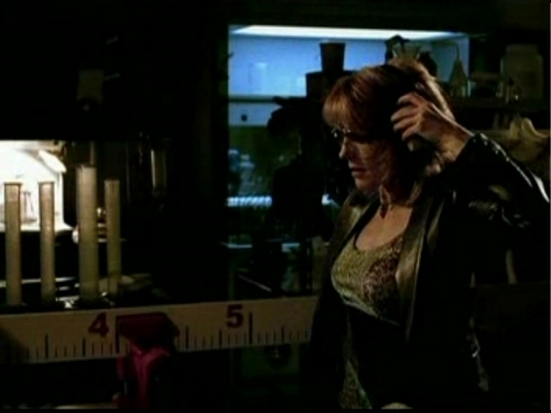 1x16- Too Tough to Die - csi Screencap