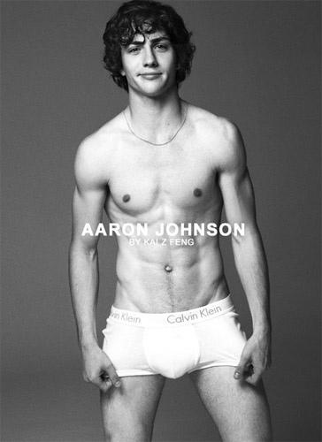 aaron johnson nude in nowhere boy