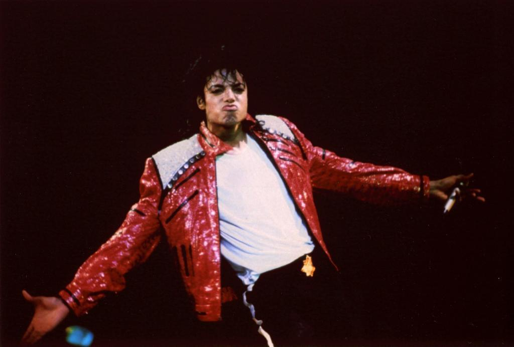 谁能给我迈克尔杰克逊在台湾的演唱会视频