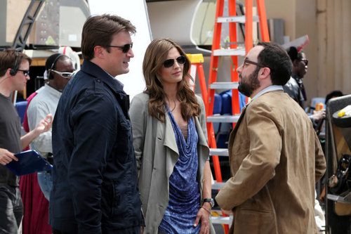 Kate Beckett karatasi la kupamba ukuta with a mitaani, mtaa called Castle_3x22_To upendo and Die in L.A_Promo pics
