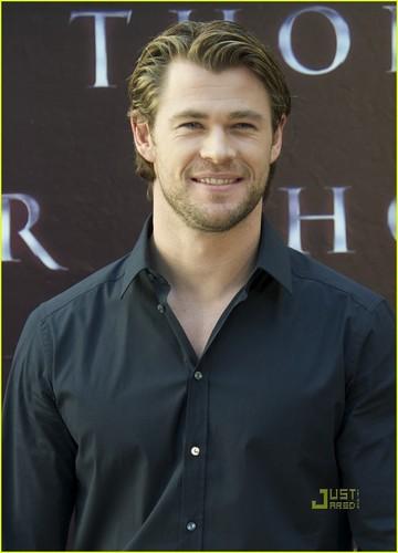Chris Hemsworth: 'Thor' foto Call in Madrid!
