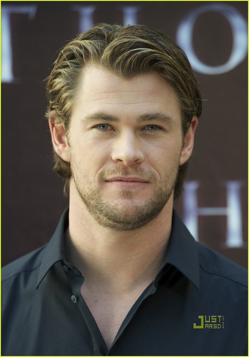 Chris Hemsworth: 'Thor' Photo Call in Madrid! - chris-hemsworth photo