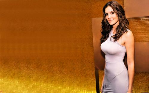 Daniela Ruah achtergronden
