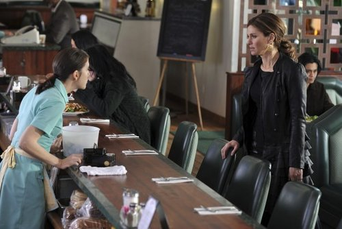 Episode 4.19 - What We Have Here... - Promo 写真