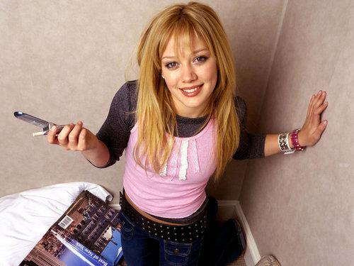 Hilary Duff fond d'écran entitled Hilary duff