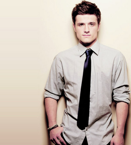 Josh Hutcherson wallpaper possibly containing a business suit and a suit entitled JOSH HUTCH