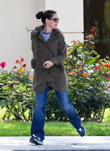 Jen & Ben out & about in Santa Monica 4/13/11