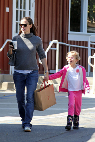 Jen shopping at Country Mart with Violet