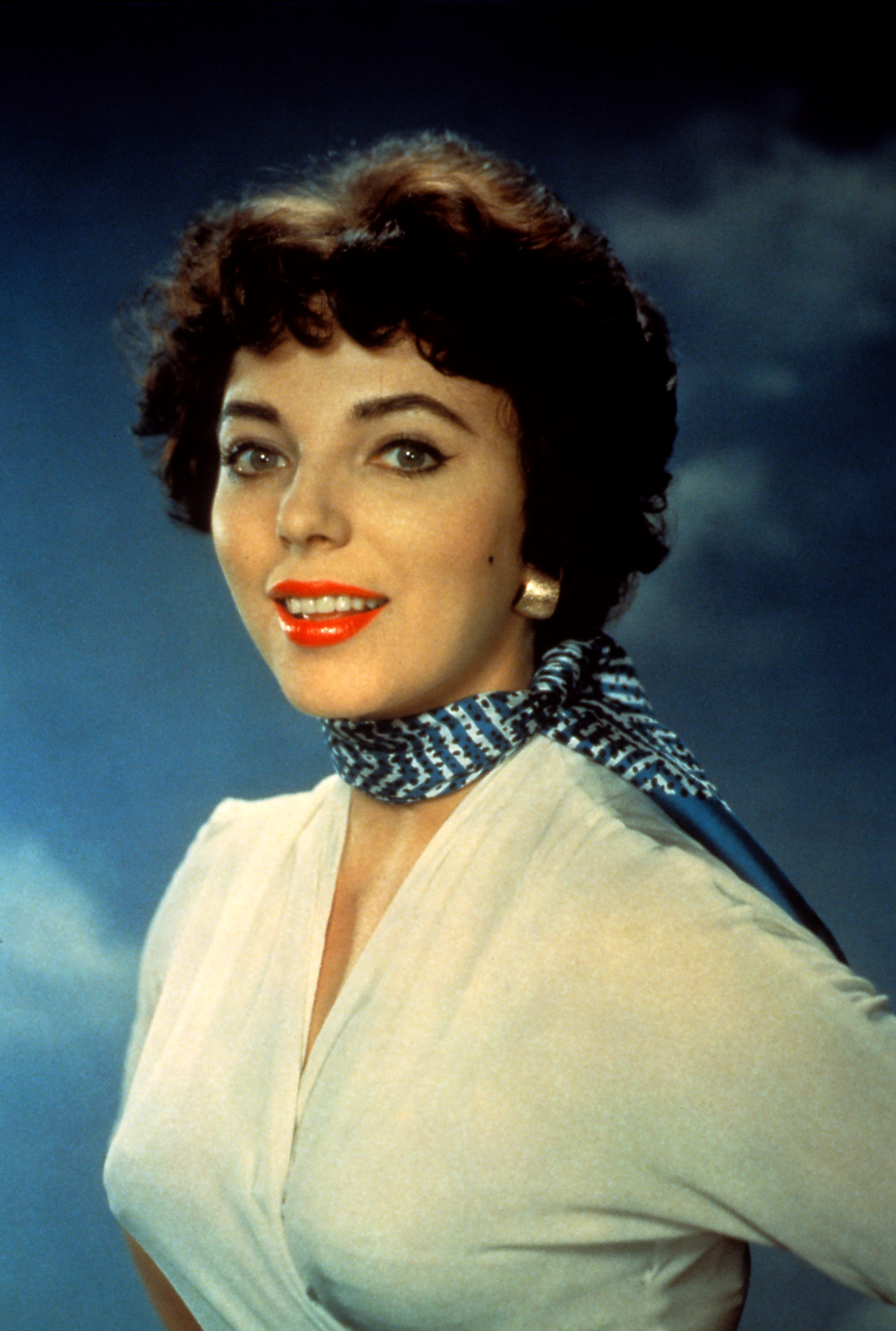 1000+ images about Joan Collins on Pinterest | Joan ...
