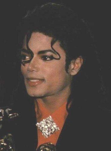 MJ <3 প্রণয়