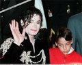 MJ!<3