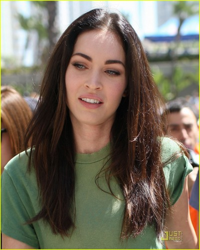 Megan Fox: Long playa Grand Prix with Brian Austin Green!