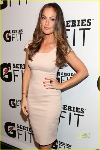 Actresses wallpaper with a portrait titled Minka Kelly: Gatorade G Series FIT Launch!