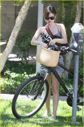 Rachel out in Studio City