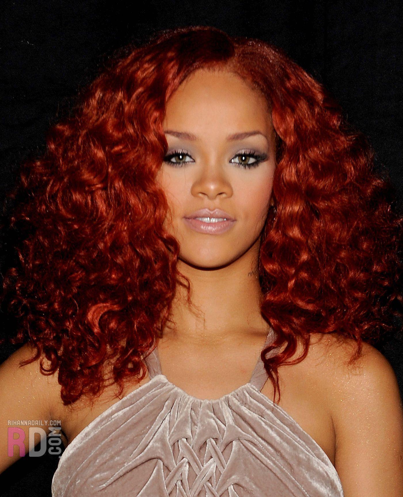 Rihanna American Idol April 14 2011 Rihanna Photo