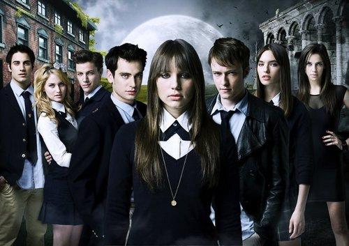 dividido, dividir S01 Main Cast +