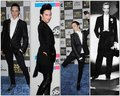 Whoa Johnny looks amazing outfit, body, look wise! Gawgeous <3