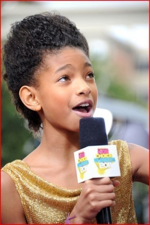 Willow on the kahel carpet at The Kids Choice Awards 2011