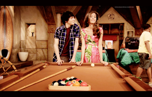 king brady and mikayla ♥ wallpaper probably containing a billiard room entitled brady and mikayla