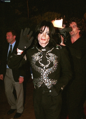 handsome michael,queen_gina