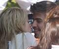 kiss .,.,.