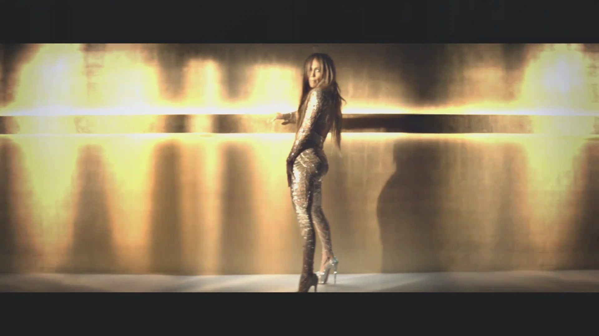 The Floor Music Video Screencaptures Jennifer Lopez Image