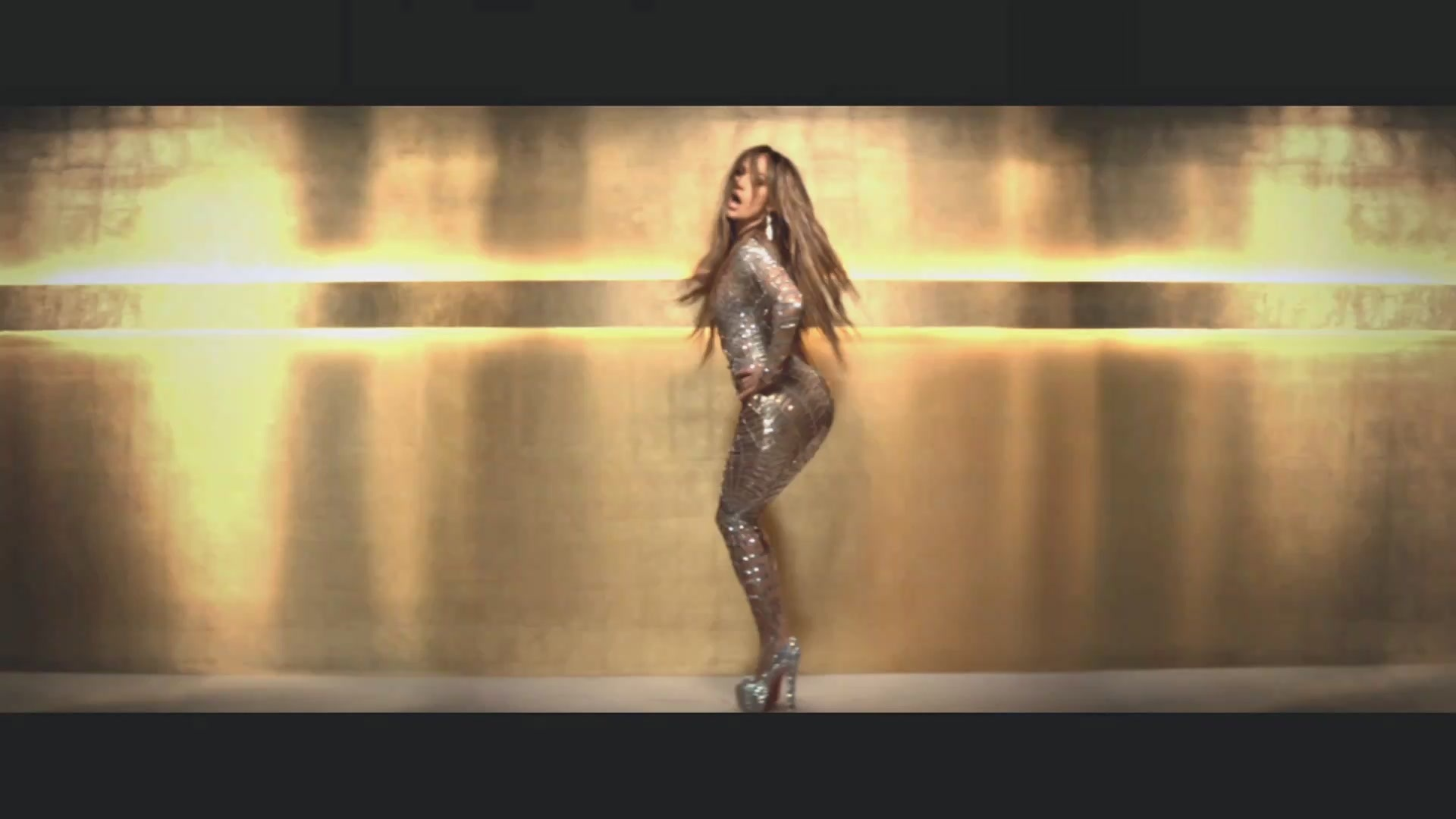 on the floor music video screencaptures jennifer lopez