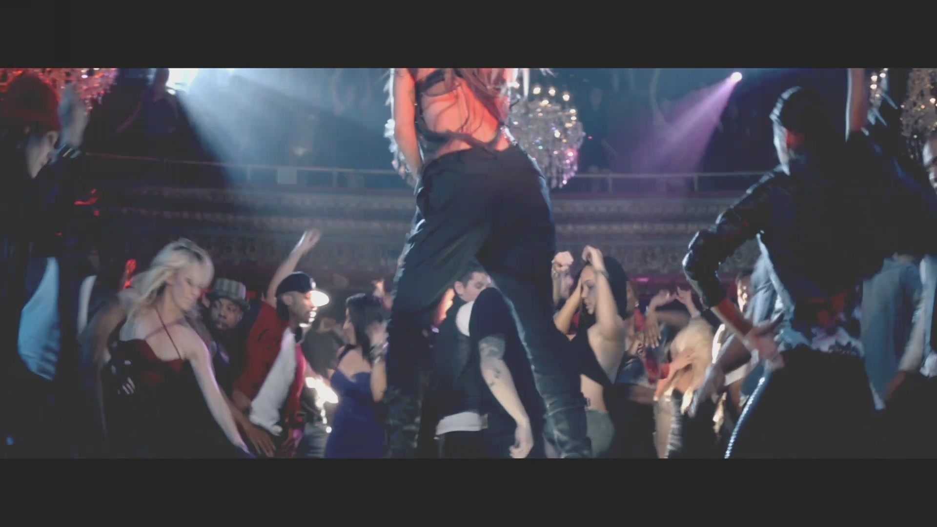 on the floor music video screencaptures jennifer lopez