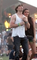 holding handsHQ - ian-somerhalder-and-nina-dobrev photo