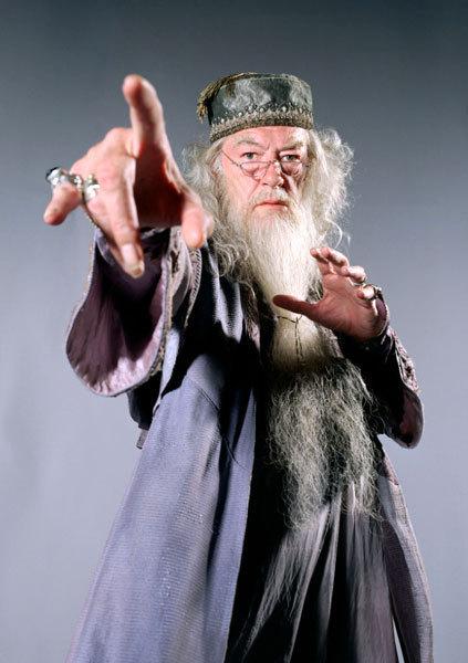 http://images4.fanpop.com/image/photos/21100000/Albus-Dumbledore-albus-dumbledore-21166994-423-600.jpg