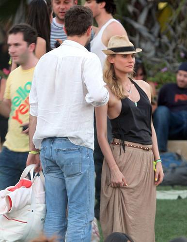 At 2011 Coachella 音乐 Festival with Diane
