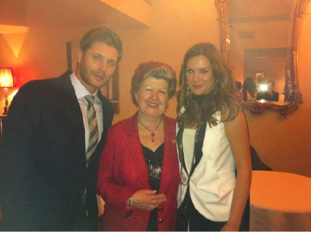 Danneel and Jensen - jensen-ackles photo