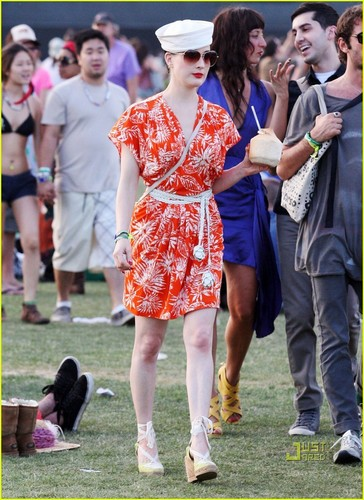 Dita Von Teese wallpaper called Dita Von Teese: Orange You Glad It's Coachella?