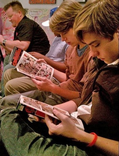 Cole Sprouse वॉलपेपर with a newspaper entitled Dylan and Cole Sprouse HQ Pics Black Dynamite @ Meltdown Comics!!