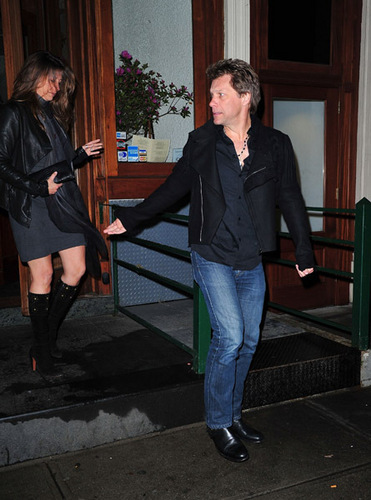 Bon Jovi hình nền with a hip boot and a business suit entitled Jon Bon Jovi & wife, NY 12.04.2011
