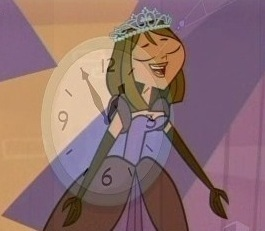 Look! Everyone! Courtney Is The Princess Time! =D