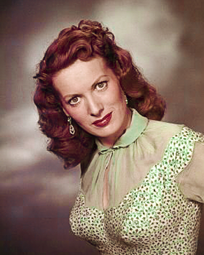 sinema bora karatasi la kupamba ukuta probably with a chemise, a bustier, and a cocktail dress called Maureen O'Hara