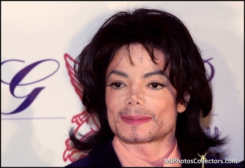Michael your so beautiful <3 I 愛 YOU!!!