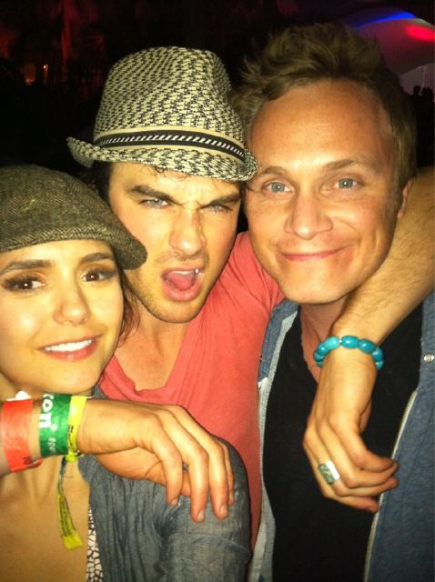 Nina/Ian/David - ian-somerhalder photo