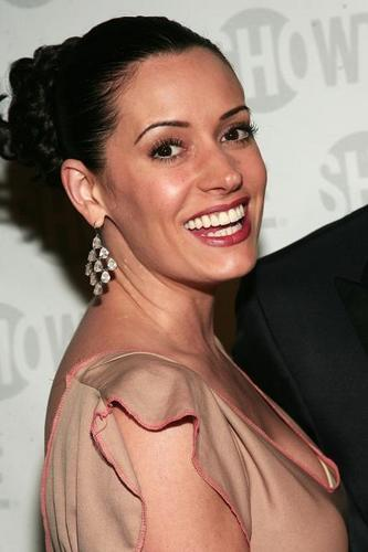 Paget Brewster wallpaper with a portrait called Paget Brewster