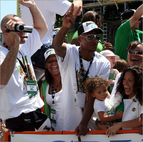 Ray and his family - ray-allen Photo