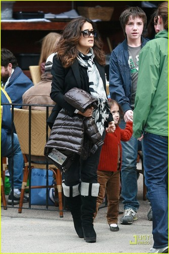 Salma Hayek: Beantown Brunch!