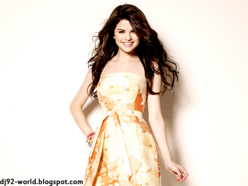 Selena Gomez EXCLUSIF18th HIGHLY RETOUCHED QUALITY pHOTOSHOOT によって dj(dhaVal)!!!...