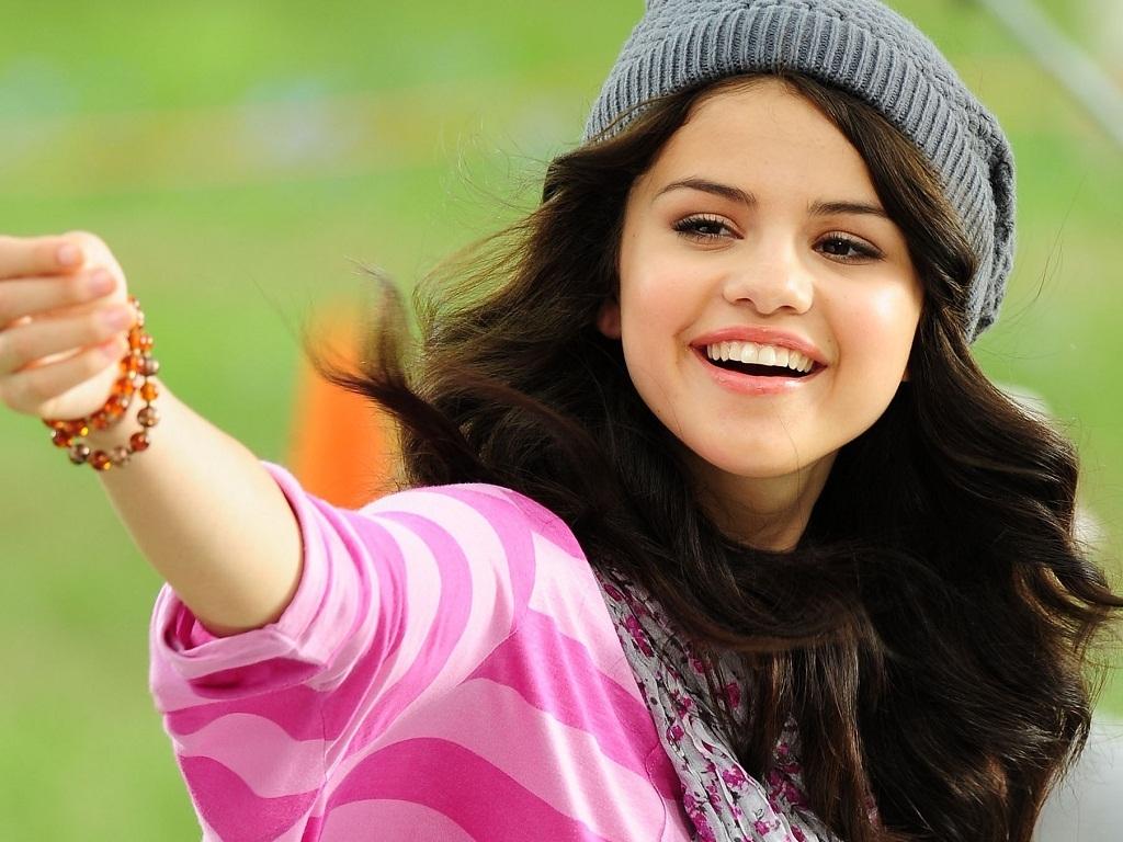 Selena Wallpaper Gomez