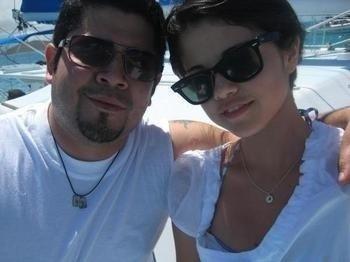 Selena gomez with her dad