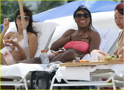 Serena Williams: Bikini plage Body!